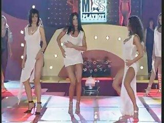 Јапонски секси Хинди филм mai hd со два голем кур. облека